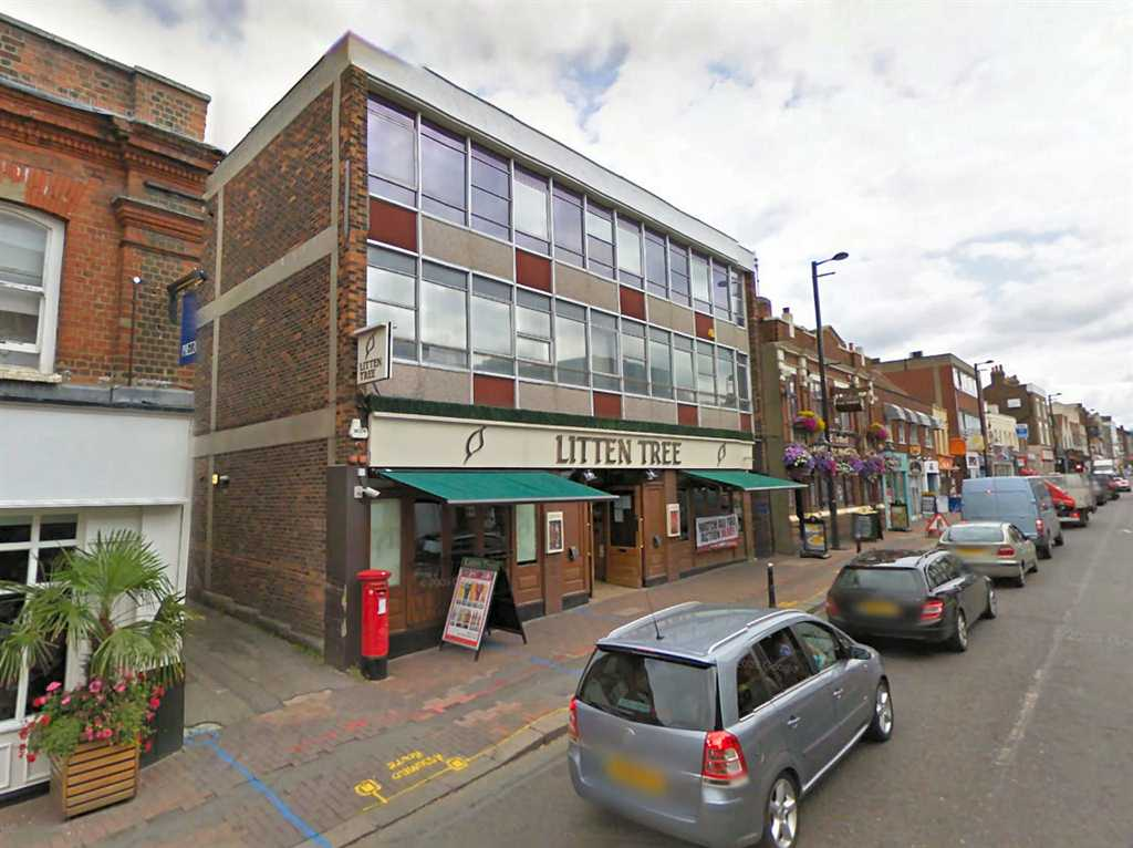 commercial property - 125/127 High Street  Brentwood, Essex CM14 4RX
