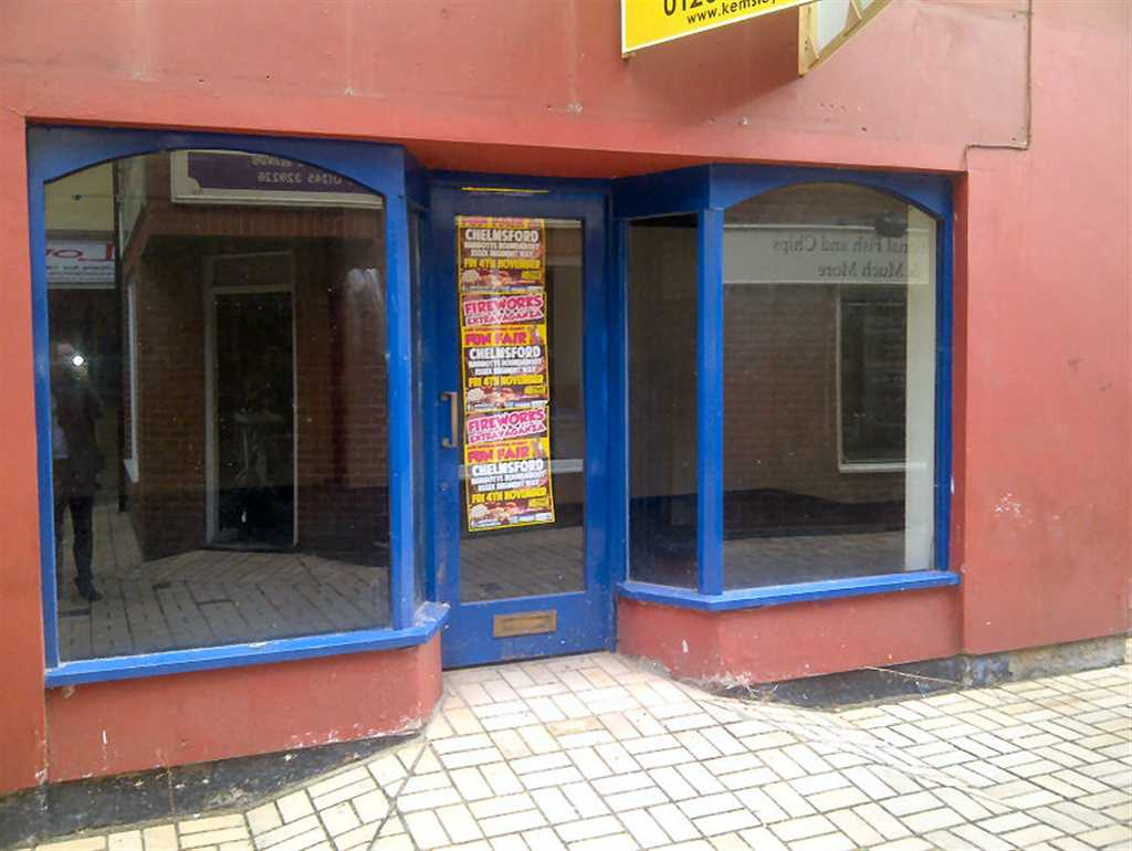 commercial property - 6 Chipping Row  South Woodham Ferrers, Essex CM3 5XU