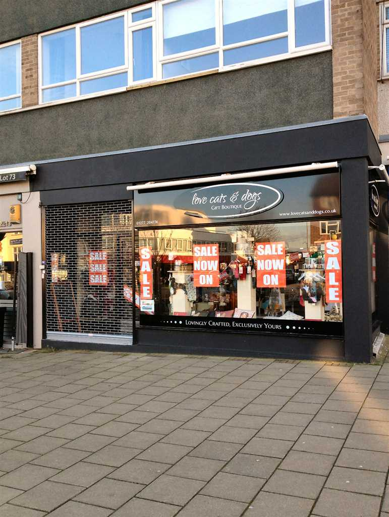commercial property - 71 Hutton Road Shenfield Brentwood, Essex CM15 8JD