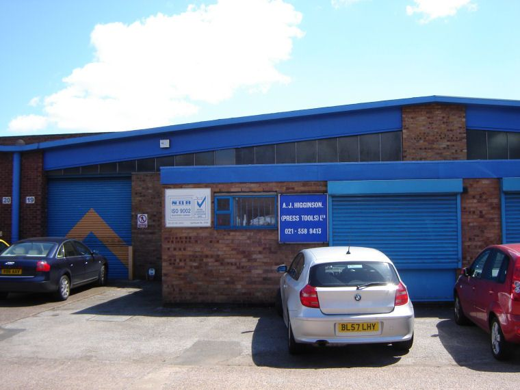 commercial property - Units 24/25 Cornwall Road Industrial Estate Cornwall Road Smethwick, West Midlands B66 2JS