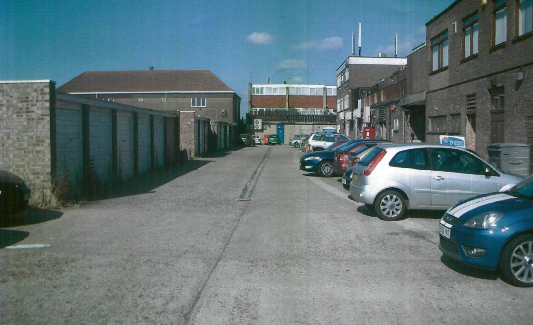 commercial property - Grover House Grover Walk Corringham, Essex SS17 7LS