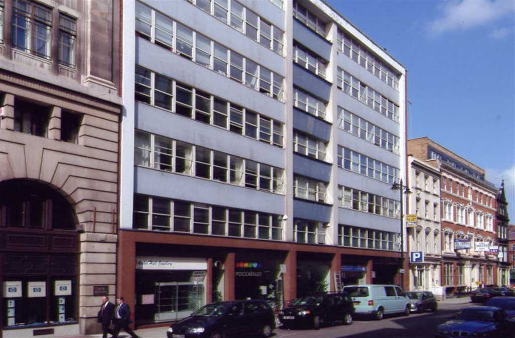 commercial property - 63/66 Hatton Garden Shop B Clerkenwell, London EC1N 8LE