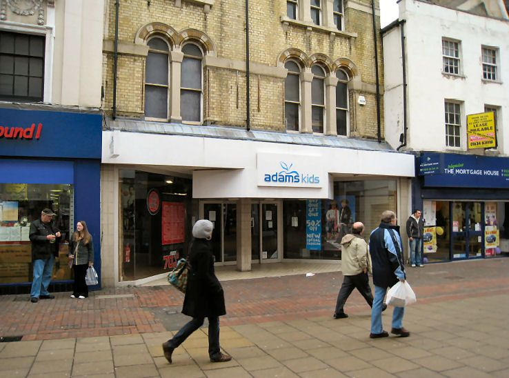 commercial property - 153/155 High Street  Chatham, Kent ME4 4BA