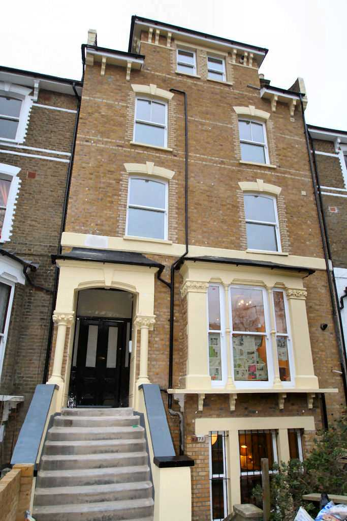 residential property - 167 Amhurst Road  Hackney, London E8 2AW